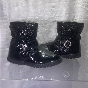 Girls Primigi Boot -Black Pat- size 29EU/US 11.5